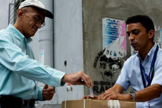 Así es el largo y difícil camino hacia el revocatorio contra Maduro