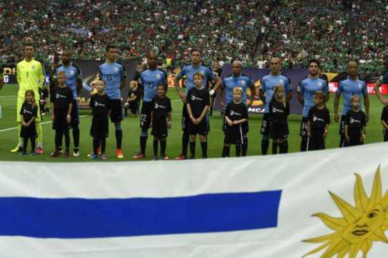 Asociación Uruguaya considera que confusión de himno fue error «grotesco» y un «agravio»
