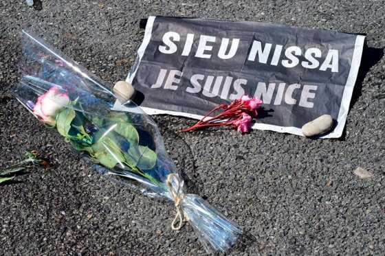 Cinco niños están entre la vida y la muerte tras atentado de Niza