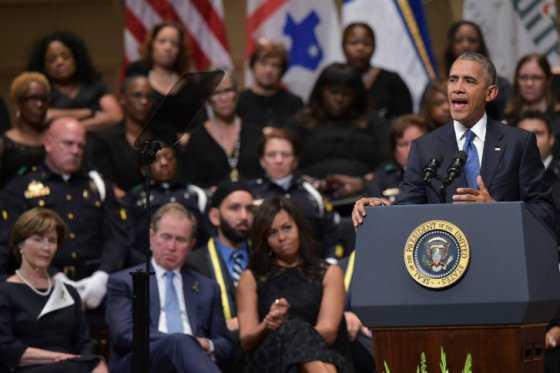 En Dallas, Obama llama a Estados Unidos a la reconciliación