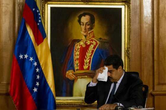 Venezuela a la expectativa por decisión clave sobre referendo contra Maduro