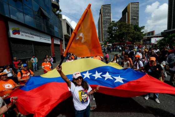 EE.UU. recomienda evitar viajes a Venezuela por crimen, escasez y saqueos