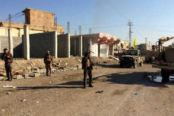 Estado Islámico secuestró a 20 jóvenes después de que desconocidos izaran bandera iraquí