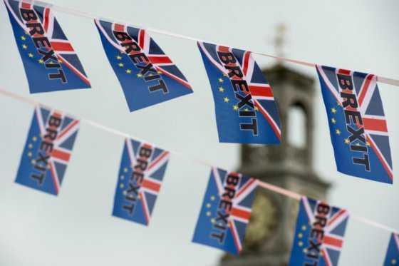 Irlanda y Francia piden a Londres que solicite cuanto antes la salida de UE