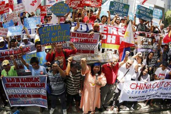 China violó la soberanía filipina