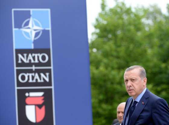 Aparente intento de golpe militar en Turquía