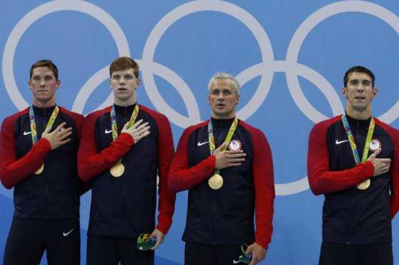 Michael Phelps agranda su leyenda: gana medalla de oro número 21