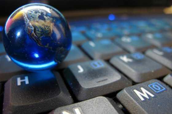 La web llega a 25 años, estos son los retos, peligros y oportunidades para su futuro