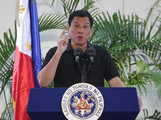 """Duterte: """"Hitler masacró a tres millones de judíos. Yo quiero masacrar a tres millones de drogadictos"""""""