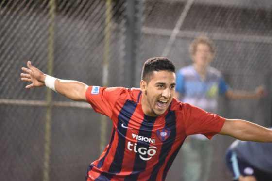 Cecilio Domínguez, convocado por Paraguay para suplir bajas de Federico Santander y Edgar Benítez