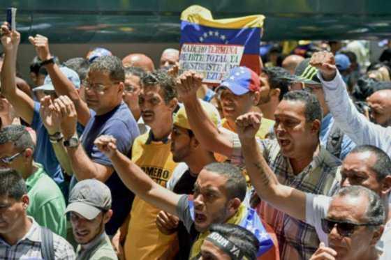 Iglesia mantiene contactos para diálogo entre Gobierno y oposición en Venezuela