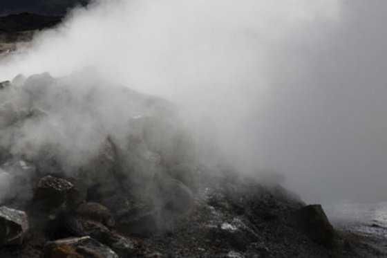 Volcán peruano Sabancaya inicia proceso eruptivo tras 18 años de silencio