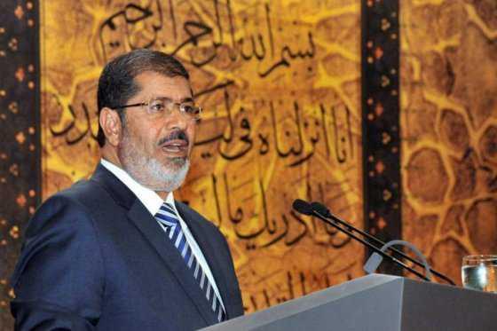 Anulada condena a pena de muerte contra expresidente egipcio Mursi por fugarse de la cárcel