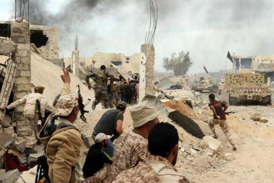 Una guerra en Libia por culpa de un mono