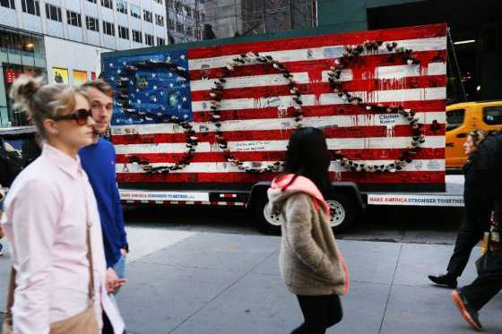 Cuatro latinos residentes en EE.UU. opinan sobre las elecciones presidenciales