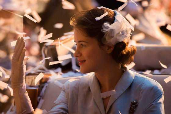 Netflix estrena «The Crown» un retrato íntimo de Isabel II