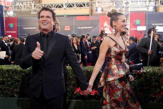 Grammy Latino: Carlos Vives no menciona a Shakira y el premio que no fue para Cali Flow