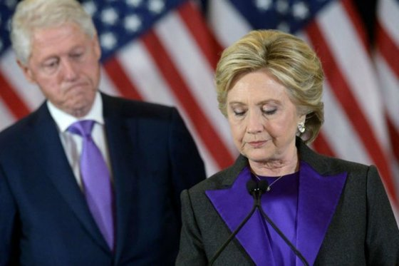 Hillary Clinton culpa a Putin y a jefe del FBI de su derrota