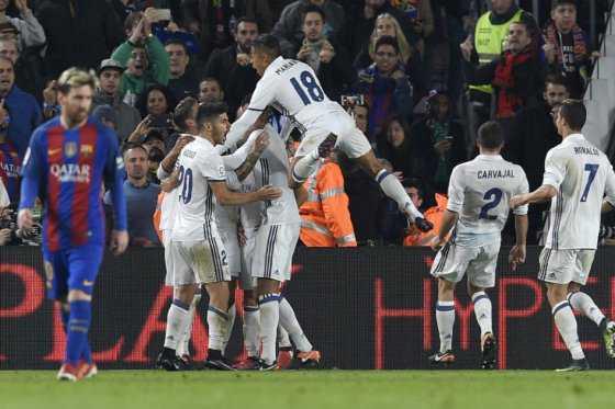 Real Madrid rescató al minuto 90 el empate en el clásico contra Barcelona