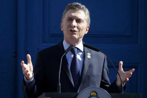 Macri avisa de que volverá a haber cortes de luz este verano en Argentina