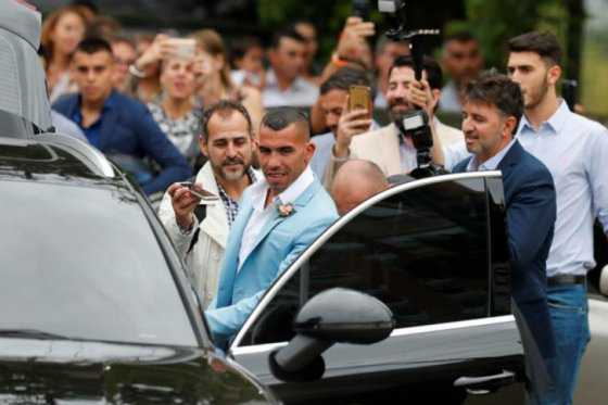 Aguaron boda de Carlos Tevez: roban en casa del futbolista en Argentina