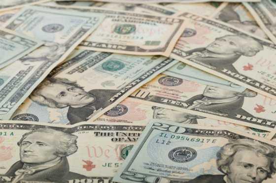 Ocho personas acumulan la misma riqueza que la mitad más pobre del mundo