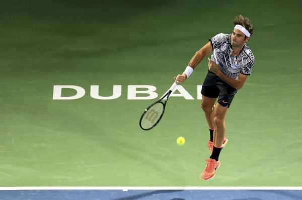 Roger Federer ganó con autoridad en Dubai