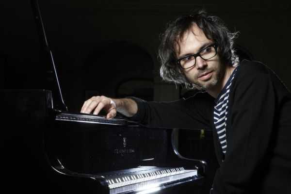 James Rhodes, el pianista que sobrevivió a una infancia de abusos gracias a la música