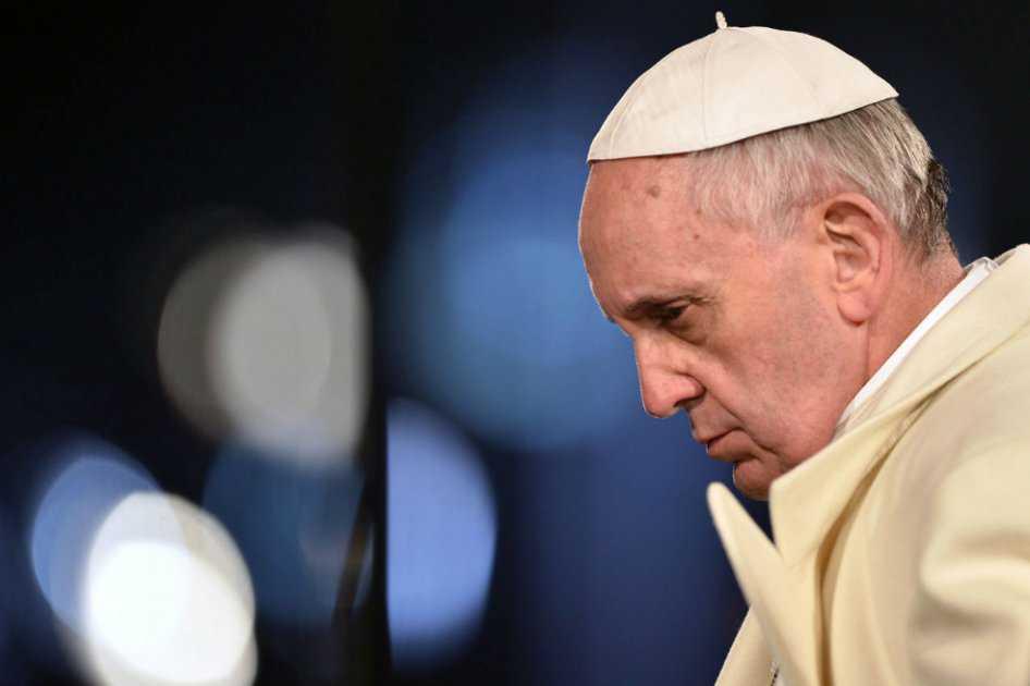 Papa pide protección para civiles de la ciudad iraquí de Mosul