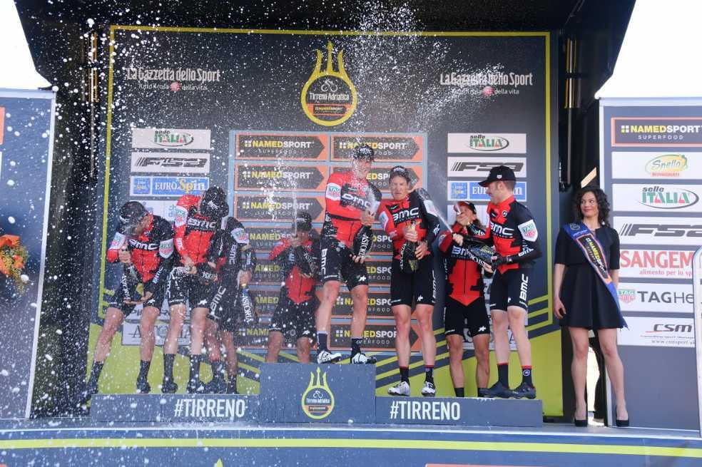 El BMC se quedó con la contrarreloj por equipos en la Tirreno-Adriático