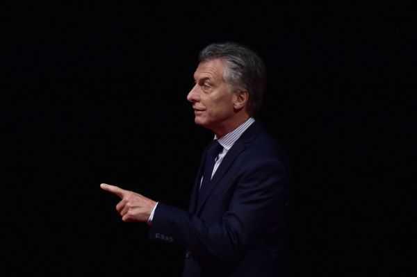 Macri y Avianca: investigados por adjucaciones irregulares de rutas aéreas