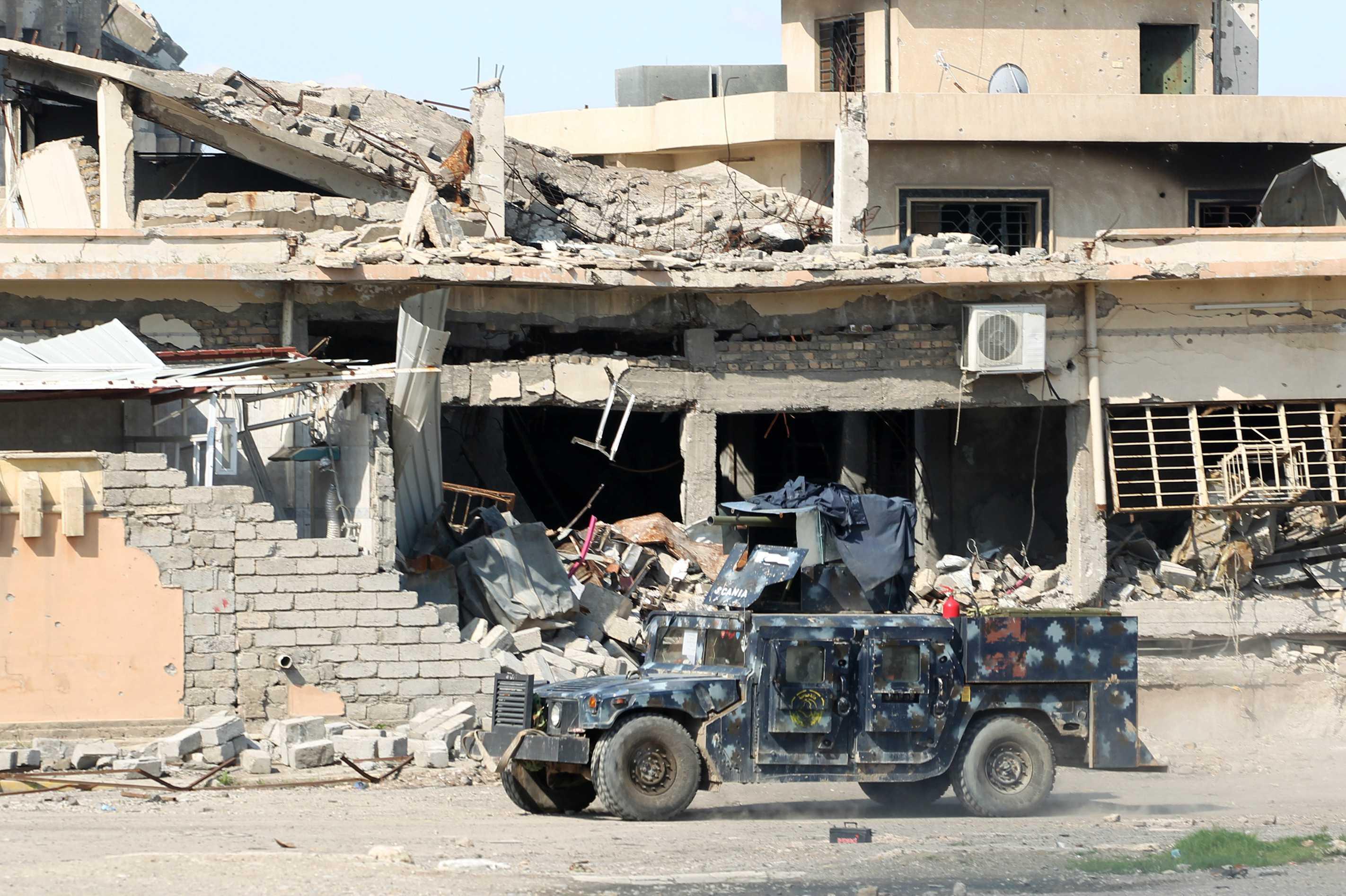 Mueren decenas de civiles en Mosul por bombardeos aéreos