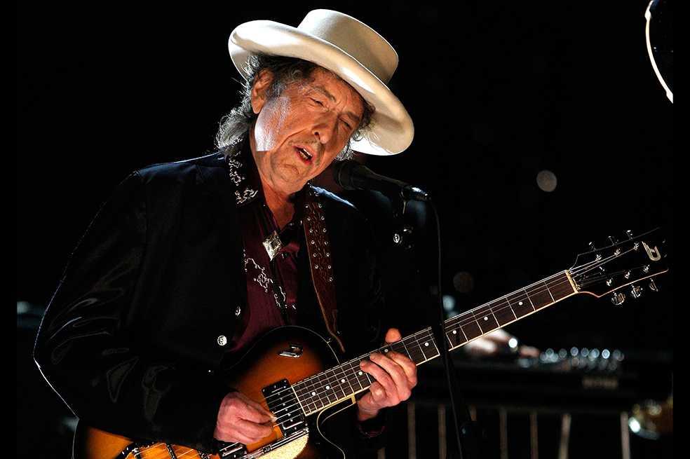 Academia Sueca da ultimátum a Bob Dylan si quiere reclamar dinero del Nobel