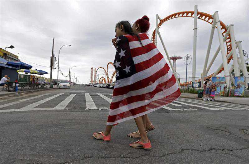 Indocumentados en EE.UU. pagan 12.000 millones en impuestos locales y estatales