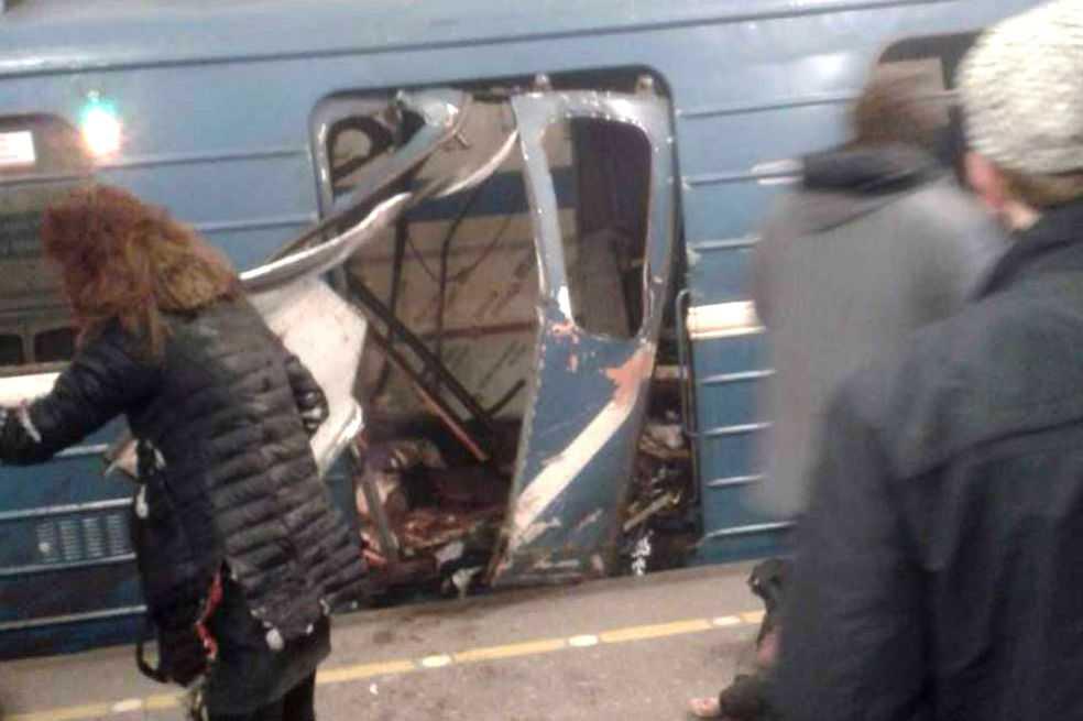 Al menos 10 muertos deja explosión en metro de San Petersburgo, en Rusia