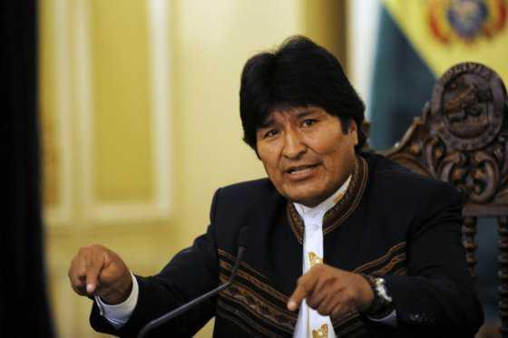 Evo Morales recurre a Twitter, tras prohibición médica de hablar