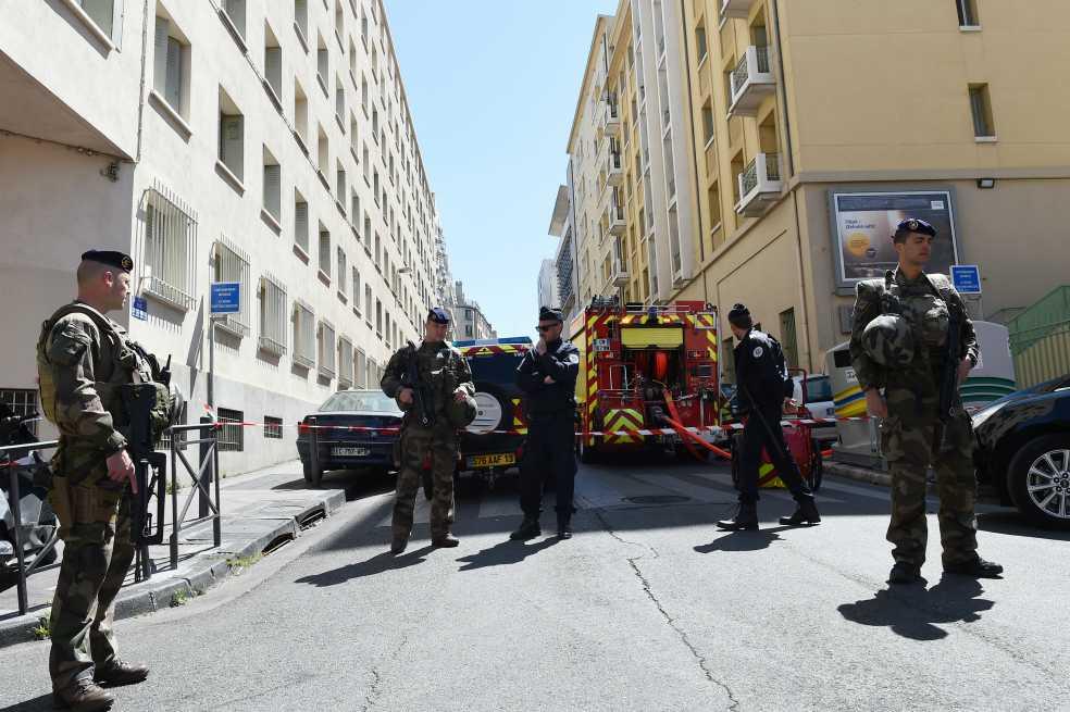 En plenas elecciones, frustran atentado en Francia