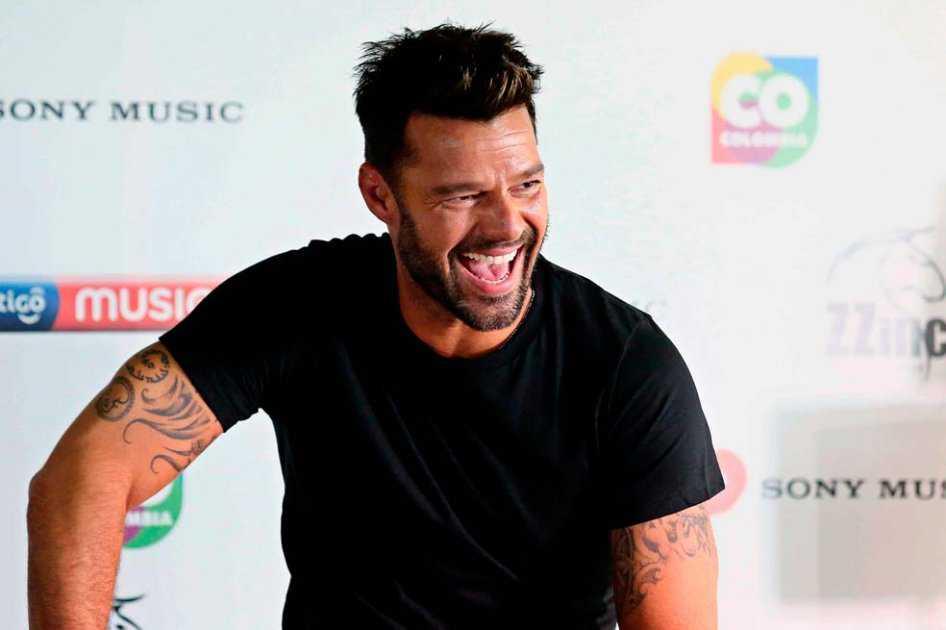 Exnovio de Ricky Martin le dedica emotivo mensaje después de un concierto
