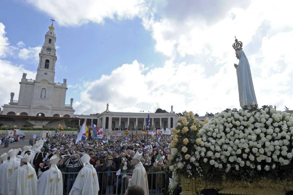 Fátima se prepara para recibir al papa entre fuertes medidas de seguridad