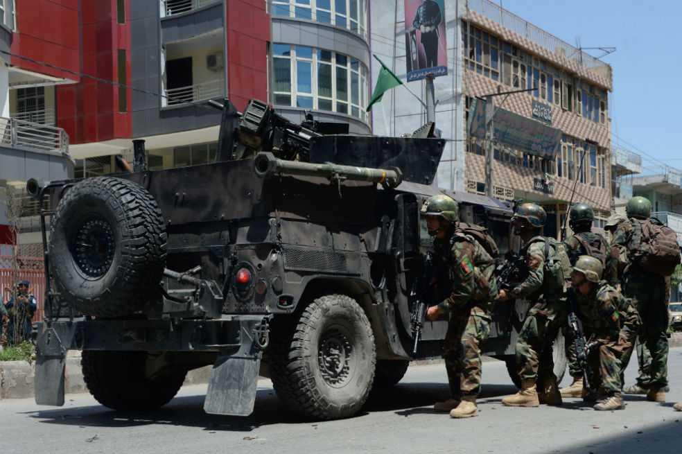 Atacan sede de la televisión pública en Afganistán