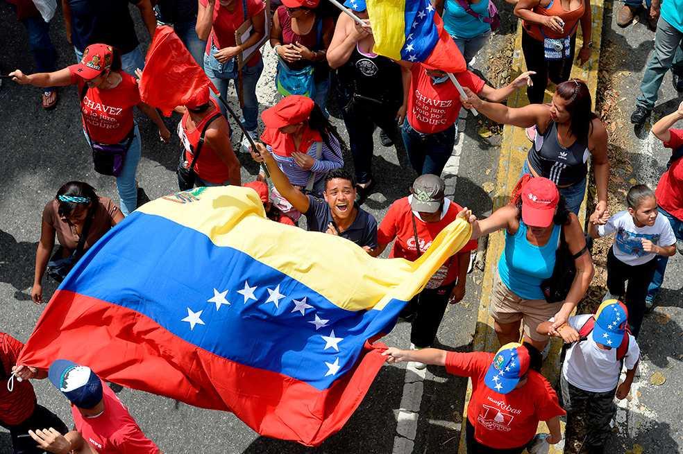 Chavismo marchará de nuevo en Caracas en medio de ola de violencia que deja 51 muertos