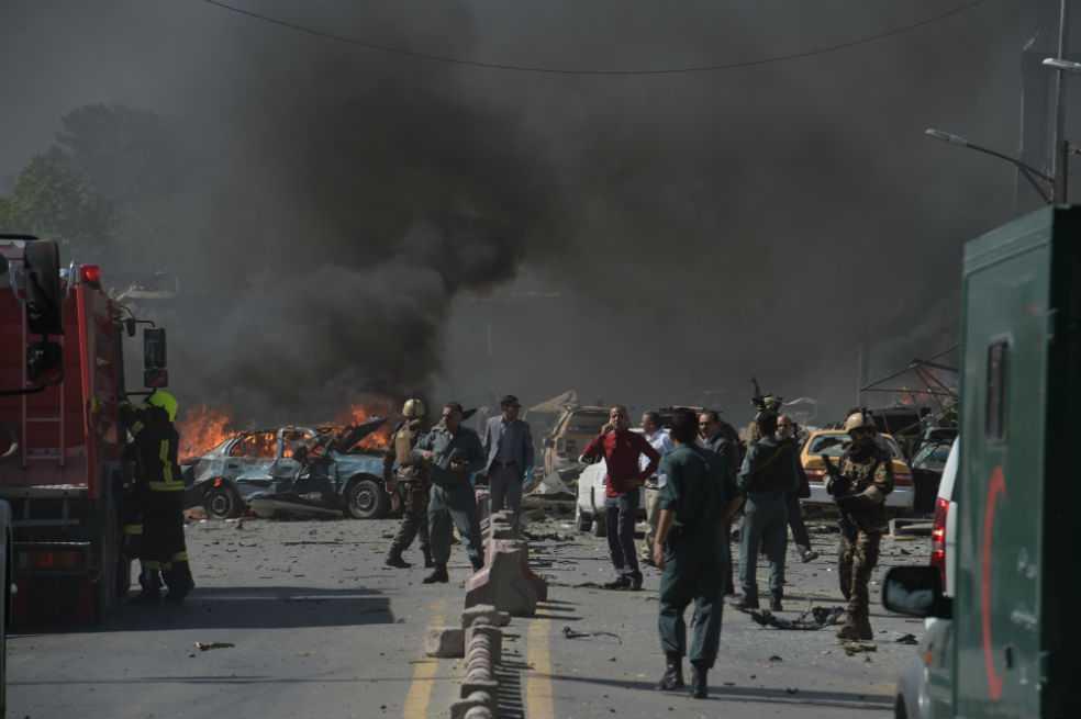 Al menos 80 muertos y 300 heridos por atentado en Kabul
