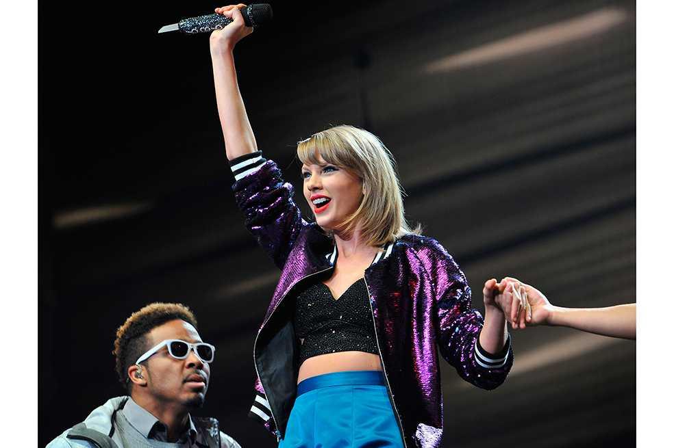 Taylor Swift vuelve a Spotify justo el día que Katy Perry lanza «Witness»