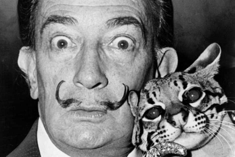 Ordenan exhumar los restos de Salvador Dalí por demanda de paternidad