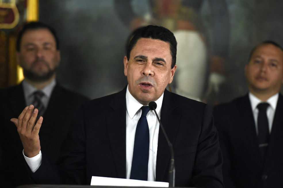 CIA, Colombia y México quieren derrocar a Maduro: canciller de Venezuela