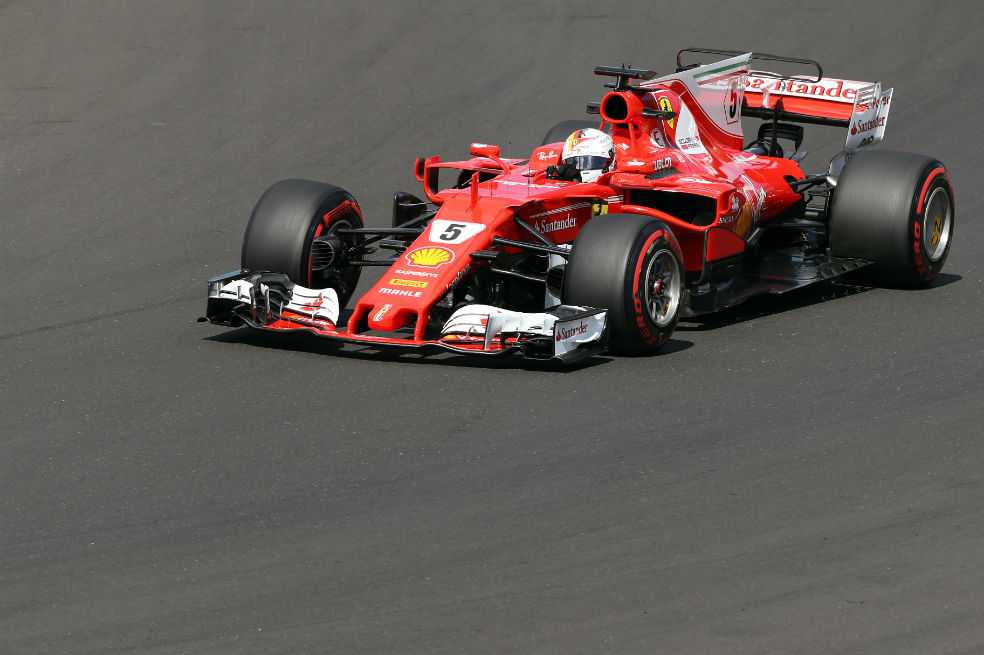 Sebastian Vettel logra la pole en Hungría