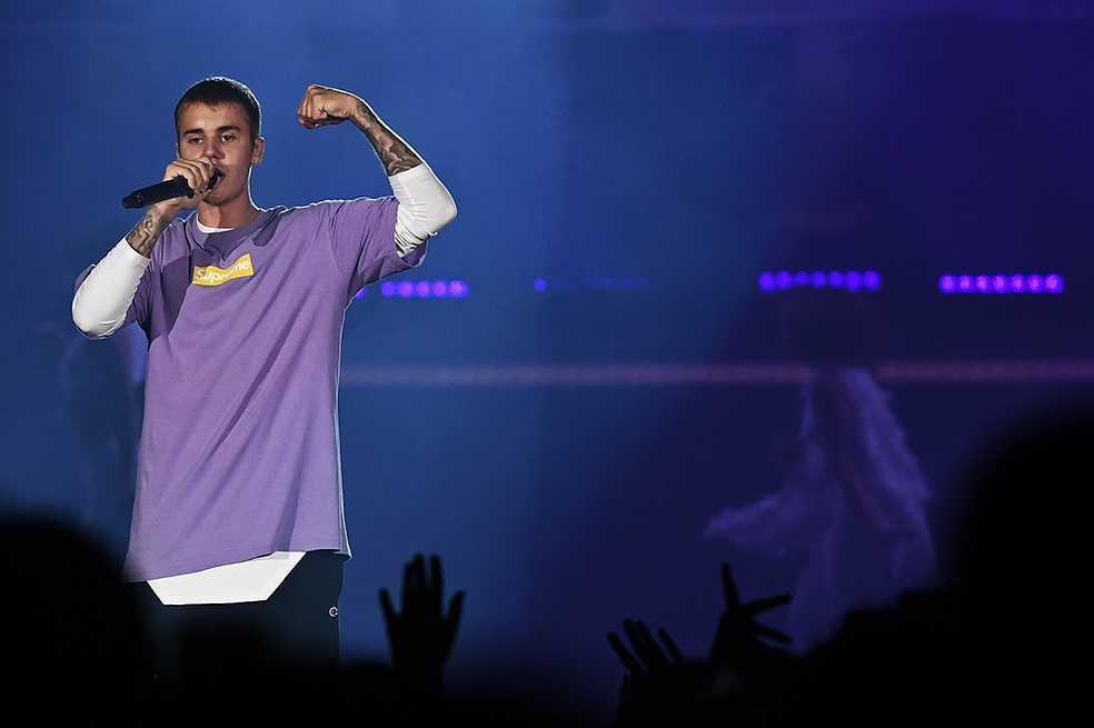 Justin Bieber lanza «Friends», una súplica a su exnovia
