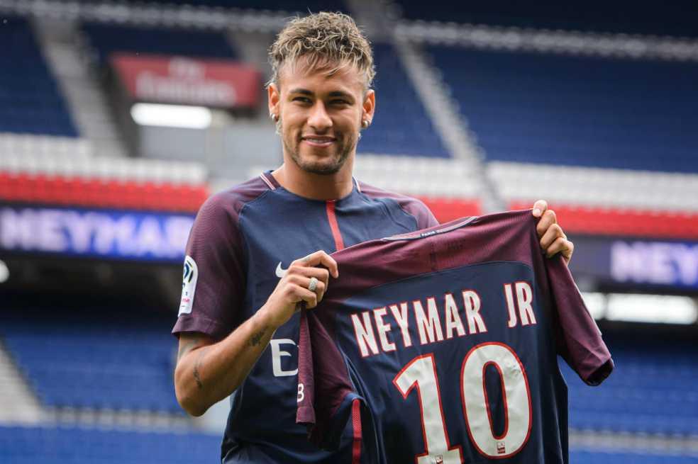 Neymar ya se adueñó de la 10 del PSG: «Fue una de las decisiones más difíciles de mi vida»