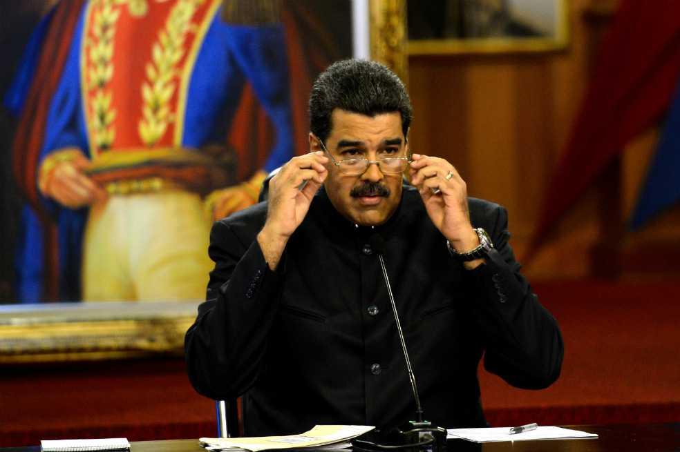 «Santos ocúpese de Uribe y olvídese de Maduro»: presidente de Venezuela