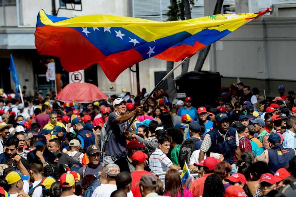 Gobierno y oposición venezolana reanudan contactos en República Dominicana